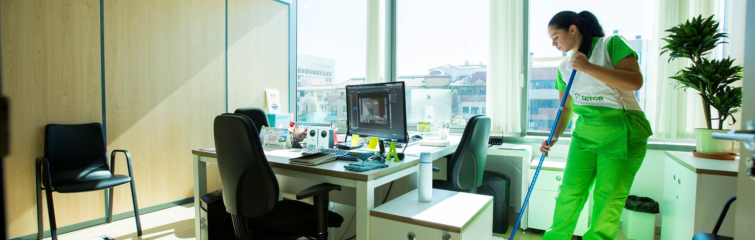 Limpiezas Castor. 7-1 Empresa de Limpieza Granada. Limpiezas Castor